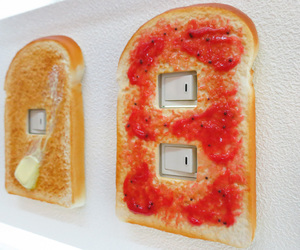 switch and toast image