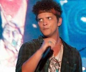 concert, funny face, and bruno mars image