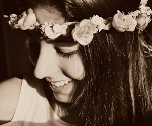 flower power, hair, and smile image