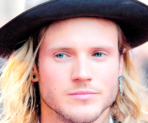 dougie poynter, gorgeous, and McFly image