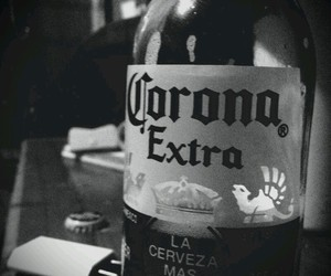 beer, black and white, and drink image