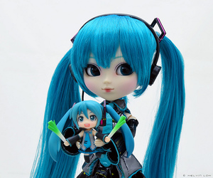 doll, hatsune miku, and leek image