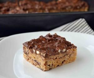 bars, rice krispies, and pb & chocolate image