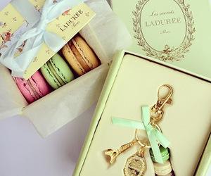 paris, laduree, and macarons image