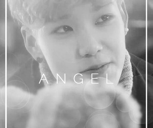 black and white, bap, and zelo image