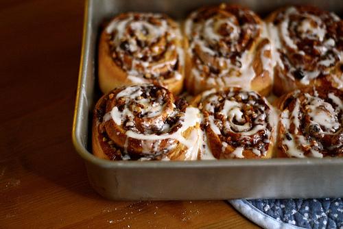 food, cinnamon roll, and photography image
