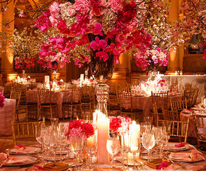 centerpiece, flowers, and roses image