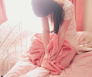 girl, pink, and bed image