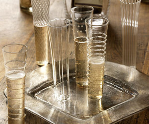 champagne, cheers, and glassware image