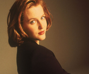 dana scully, gillian anderson, and x-files image