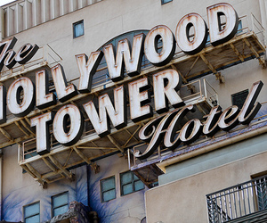 hollywood and hotel image