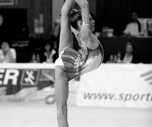 splits and rythmic gymnastics image