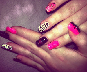 black, manicure, and pink image