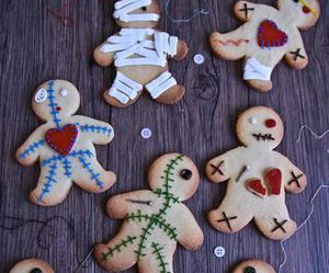 gingerbread, Halloween, and yum image
