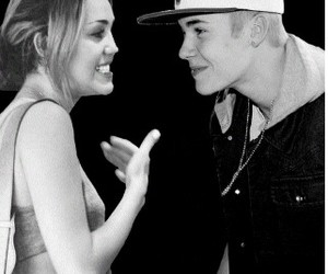 best couple, couple, and miley cyrus image