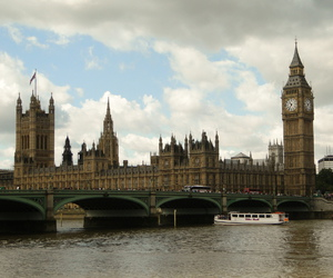 awesome, cloudy, and houses of parliament image