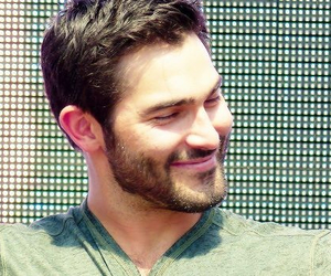 sexy, tyler hoechlin, and smile image