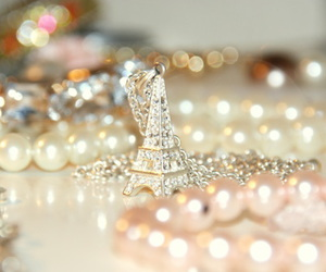 paris, necklace, and pearls image