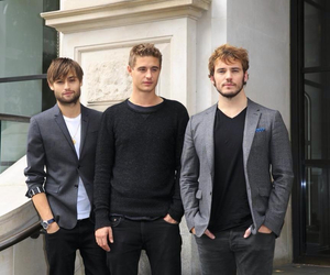posh, sam claflin, and max irons image
