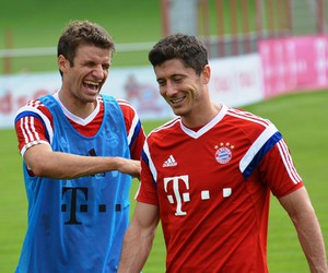 funny, muller, and fc bayern münchen image