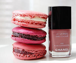 chanel, pink, and macaroons image
