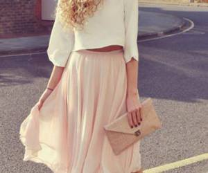 romantic and cute girly outfit image