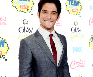 tyler posey, teen wolf, and teen choice awards image