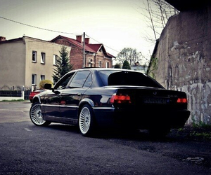 bmw and bmw 7 image