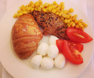 breakfast, corn, and croissant image