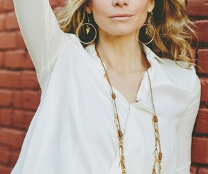 elizabeth mitchell, ouat, and gorgeous image