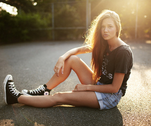 girl, converse, and brunette image