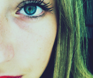 blond, lashes, and redlips image