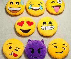 love, kiss, and emoji image