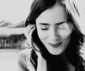 gif, rosie, and lily collins image