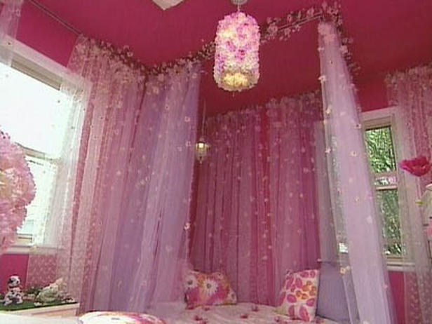 Bedroom Designs. Bedroom Design With Little Girl Canopy Bed: Pink Style Of  The Little Girls Bedroom So Amazing With Pink Wall And Pink Ceiling And  Pink Cool ...