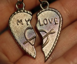 love failure locket image