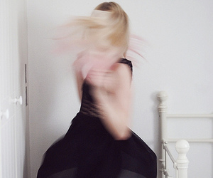 blonde, dance, and flou image