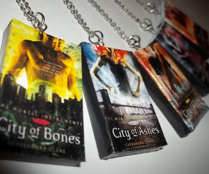 city of bones and city of ashes image