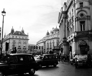 b&w, london, and photography image