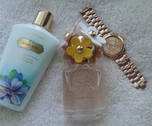 beautifull, victoia's secret, and daisy image