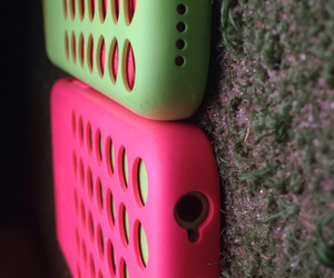 opposites and iphone5c image