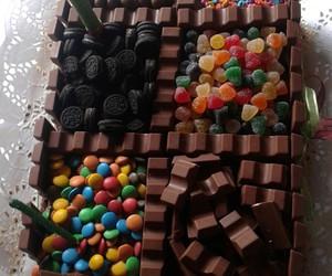 chocolate, kinder, and oreos image