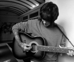 chris drew, guitar, and never shout never image