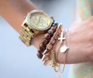 gold, juwlery, and brackelet image
