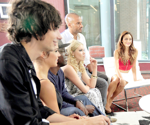 devon bostick, eliza taylor, and lindsey morgan image