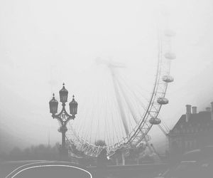 london, fog, and grunge image