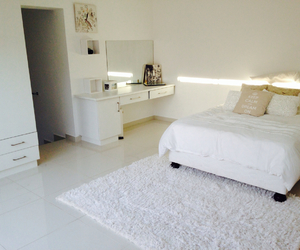bedroom, white carpet, and bedroom ideas image