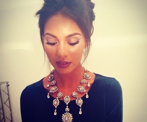 girl, make up, and necklace image