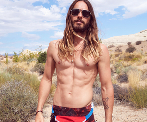 30 seconds to mars, body, and jared leto image