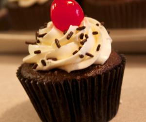 baking, cupcake, and cupcakes image
